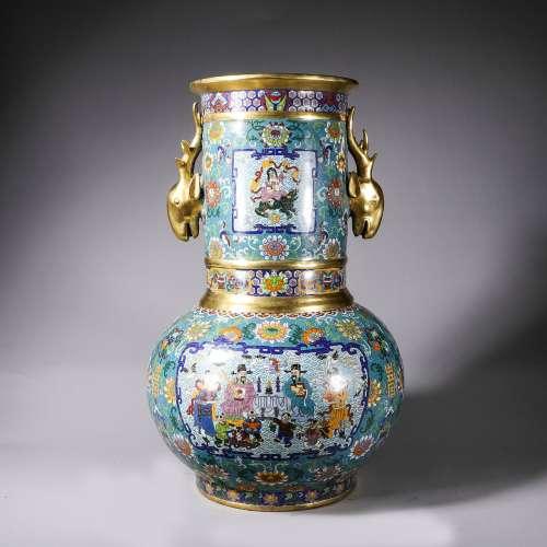 Chinese Cloisonne vessel with pattern of fushou