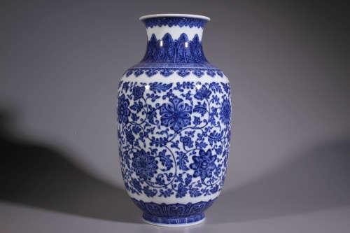 A Blue and White Flower Branch Pattern Porcelain Vase
