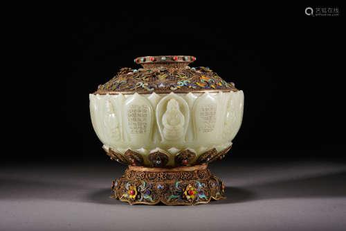 A jade and gilt-silver buddha