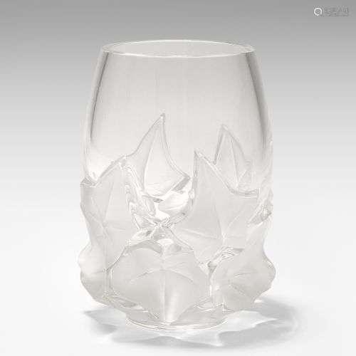 Lalique, Vase