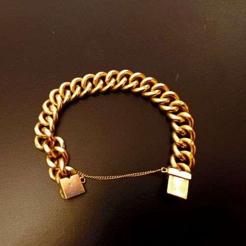 Bracelet en or jaune 18k (750 millièmes) formé d'une maille ...