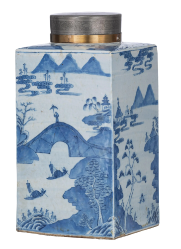 A massive Chinese blue and white tea caddy, early