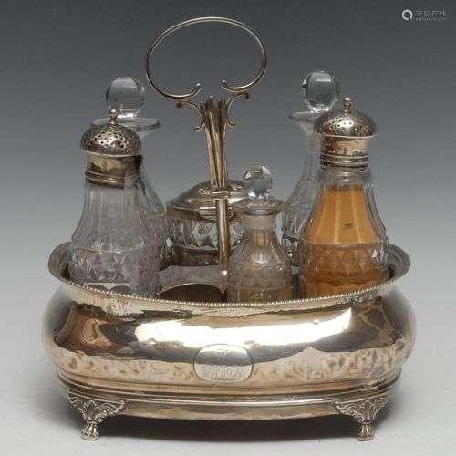 Support de burette en forme de bateau en argent George III, ...