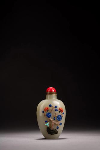 Hard Stone Inlaid White Jade Snuff Bottle