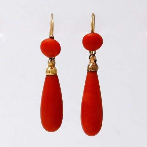 Coral long earrings, 19th Century.
