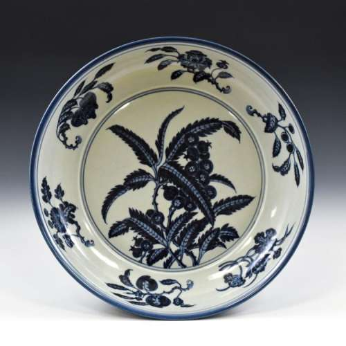 MING XUANDE BLUE & WHITE JUJUBE PORCELAIN PLATE