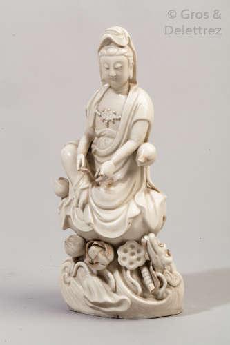 Chine, début XIXe siècle. Statuette en blanc de c...