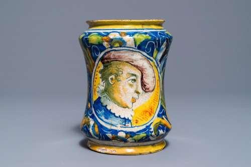 An Italian maiolica drug jar of 'albarello' type, Venice, 2nd half 16th C.