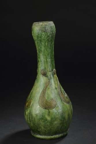 Vase en terre cuite émaillée vert et jaune Chine, ...