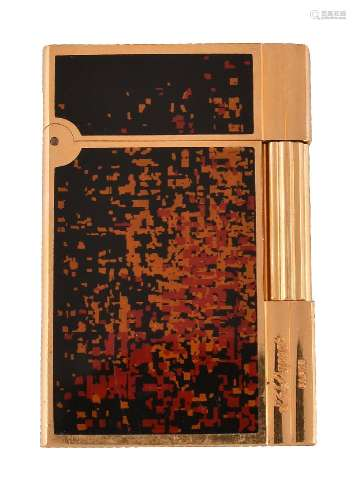 S. T. Dupont, a gilt metal and lacque de chine lighter