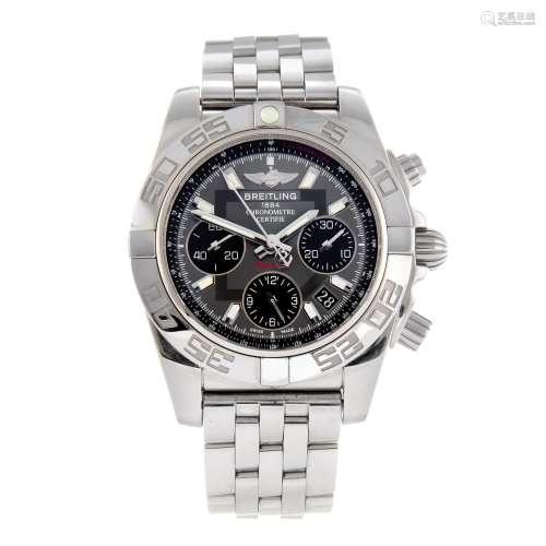 BREITLING - a gentleman's Windrider Chronomat 41 chronograph bracelet watch.