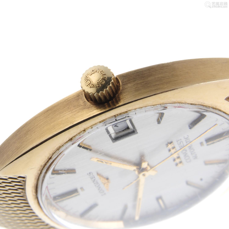 LONGINES - a gentleman's Conquest bracelet watch.