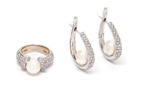 A Collection of 18 Karat White Gold, Cultured Pearl and