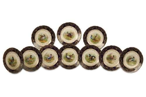 A SET OF TEN DRESDEN PORCELAIN CABINET PLATES,