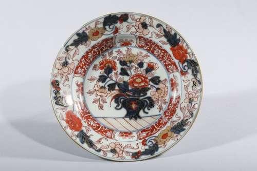 ASSIETTE IMARI en porcelaine. \nJapon Meiji XIXe si…