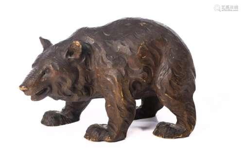 Statuette en bois sculpté d'un ours de Brienz