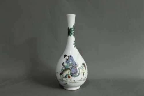 A Chinese Wu-Cai Porcelain Vase