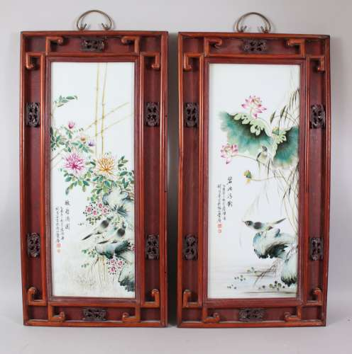 A PAIR OF CHINESE REPUBLICAN STYLE PORCELAIN FRAMED PANELS, the panels depicting scenes of birds