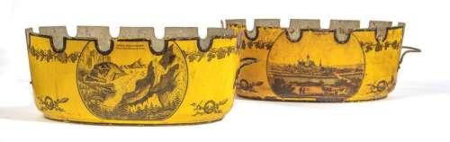 DEUX VERRIÈRES en tôle à fond jaune; l'une représe…