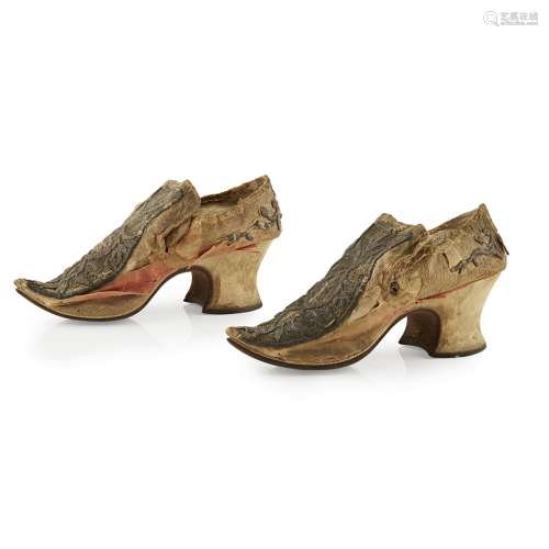 A PAIR OF BULLION WORK DECORATED SHOES EARLY 19TH CENTURY the uppers decorated with bold silver