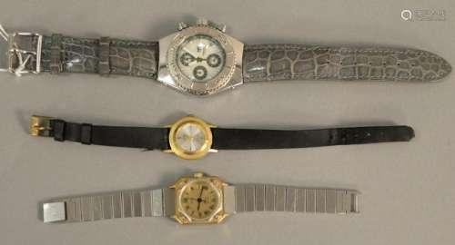 Three wristwatches Gucci Quartz ladies watch,
